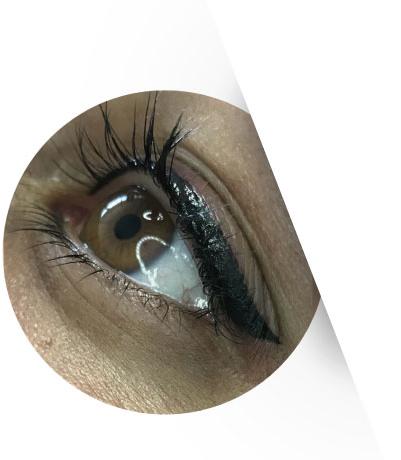 eyeliner-wing-r
